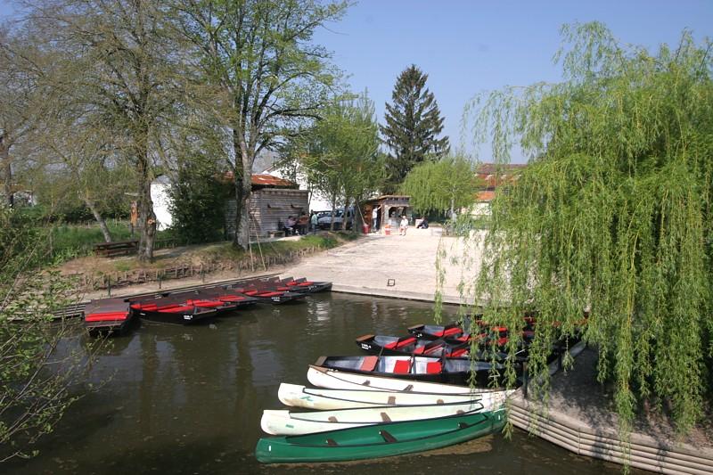 embarcadere de la venise verte au coeur du Marais Poitevin